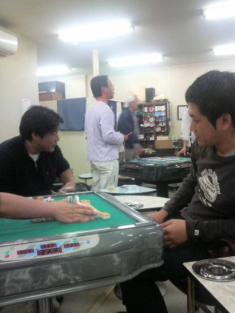 麻雀大会・・・。
